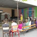 Spectacle de la ferme de Tiligolo dans une école